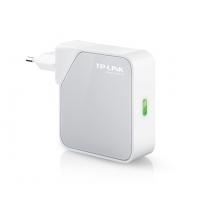 WiFi hotspot router van TP-Link, de WR710N handzaam formaat